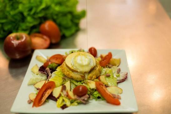 Notre recette de salade aux cookies salés chèvre